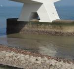 Pijler Zeelandbrug valt gedeeltelijk droog