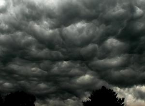 Storm en hoge golven verwacht. Duiken lijkt af te raden