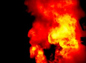 Duikfles ontploft en woning brandt af