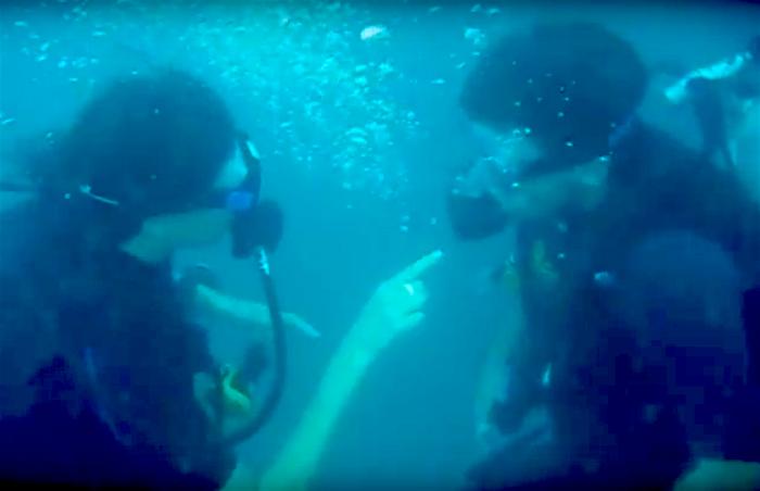 Echtelijke ruzie onderwater
