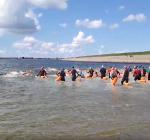 Zwemwedstrijd Oesterdam. Even niet duiken