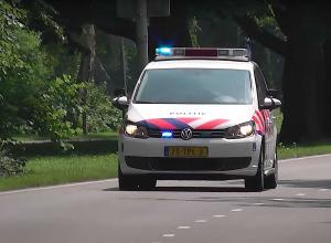 Hilariteit bij politie-agenten na rolstolduik Tijningenplas