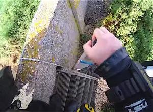Is het trapje bij De Muur gerepareerd?