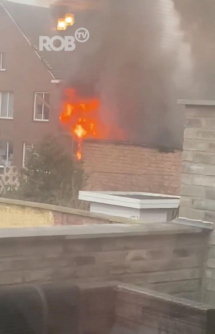Uitslaande brand bij Galicia Technical Diving in Aarschot