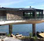 Deze familie woont in een kapitale villa op de Veluwe met duikstek