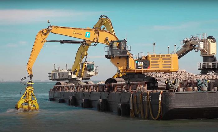 Duikers overtreden duikverbod Zeeuwse duikgebieden. Levensgevaarlijk!