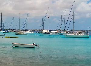 Bonaire start onderzoek naar afvalwater van jachten
