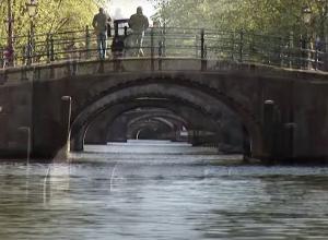 Filmers en fotografen gezocht voor duik in de Amsterdamse grachten!