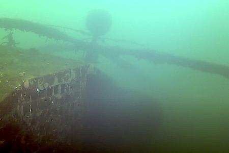 Duikers beschadigen helicopter Boschmolenplas