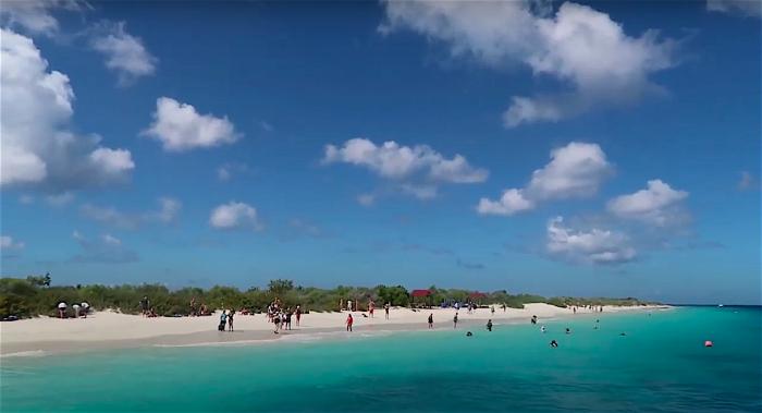 Verontreinigd zand aangetroffen op Klein Bonaire