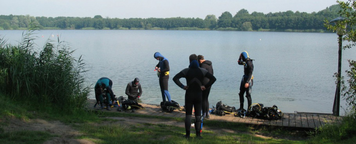Diving in Dutch sand quarries
