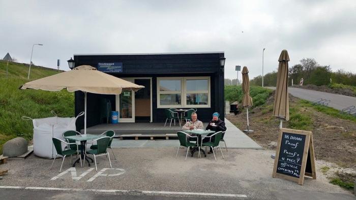Cafetaria bij Nieuwe Kerkweg Den Osse geopend