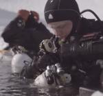 Diving into the unknown. Een haast onmogelijke duik, voor je vrienden